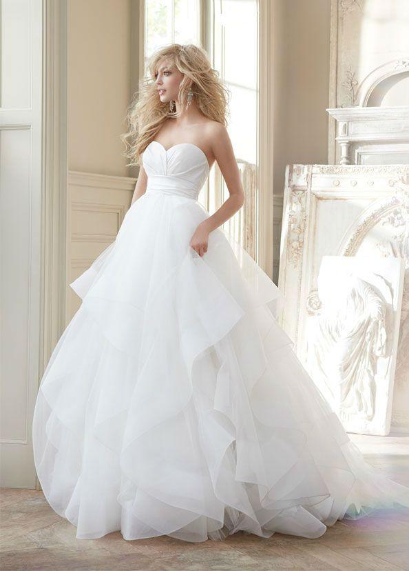 fluffy-wedding-dress142