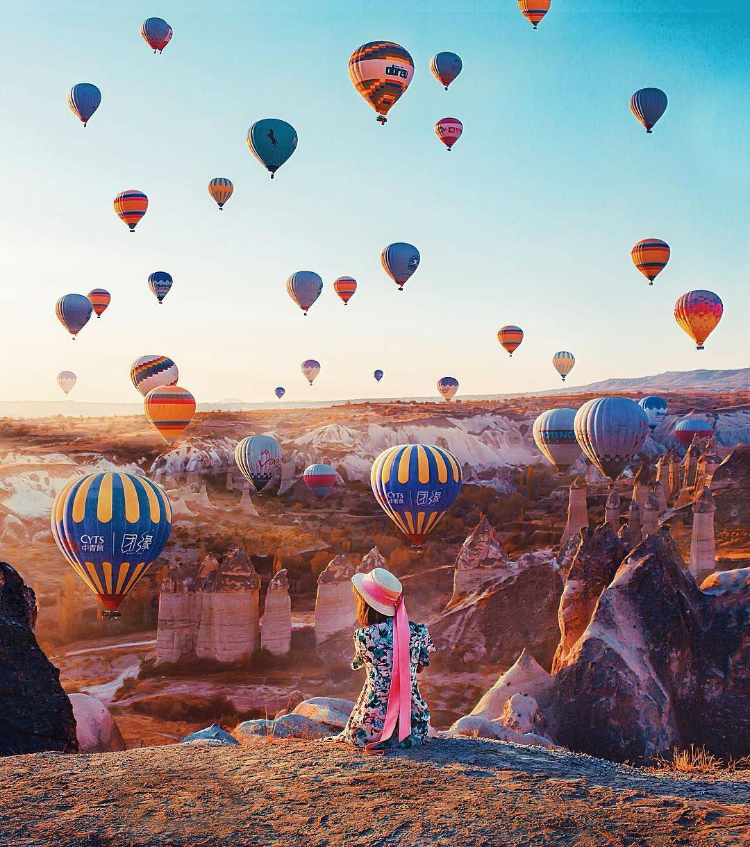 Turkish Region Cappadocia Looks Almost Too Good to be Real